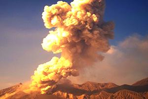 フランス革命を引き起こしたのは、浅間山の噴火だった!